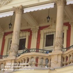 Sítě proti holubům 5,95 x 2,95 m - samotná síť balkon / lodžie  www-proti-holubum-cz